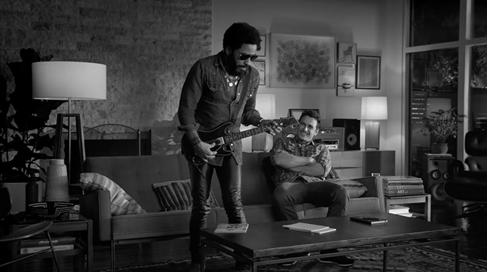 Trop Bon Trop Com - #TBTC Guitar Hero : Win The Crowd avec Lenny Kravitz et James Franco