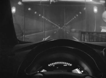 Nissan-Leaf-Un-Conte-Electrique-Tale-Car-Automobile-2016-Pub-Publicité-Video-Ad-Advertising-TBTC-G-Communication-Noir-Blanc-Black-White