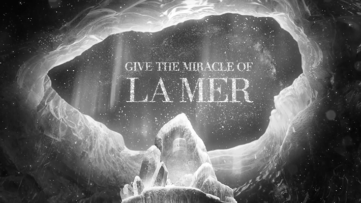 la-mer-give-miracle-cosmetique-luxe-2016-pub-publicite-campagne-tv-video-ad-advertising-tbtc-g-communication-noir-blanc-black-white