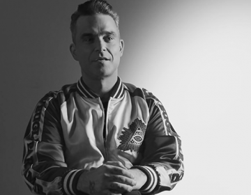 MasterCard Priceless surprice avec Robbie Williams