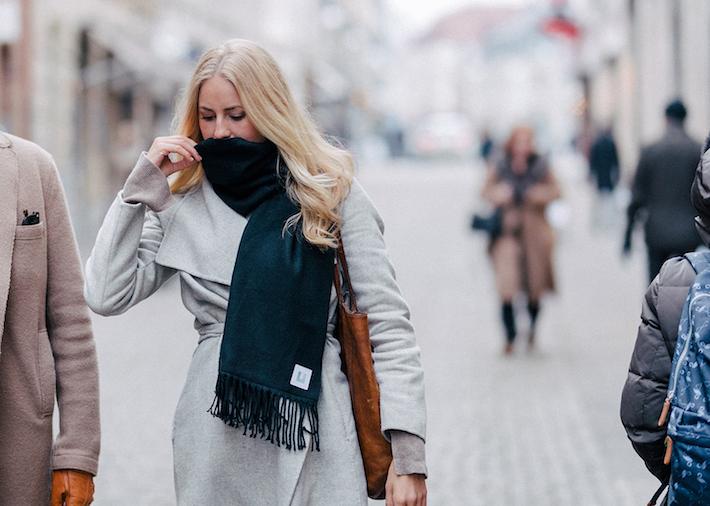 Ultramare scarf 02